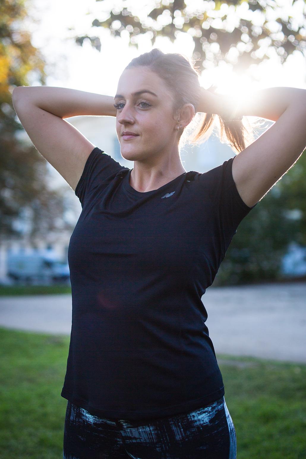 Running girl Bordeaux Jardin Public Sun Sport