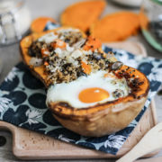 Butternut farcie recette automne courge facile recipe quinoa graine végétarien healthy oeuf egg fromage cheese food cuisine amande almond