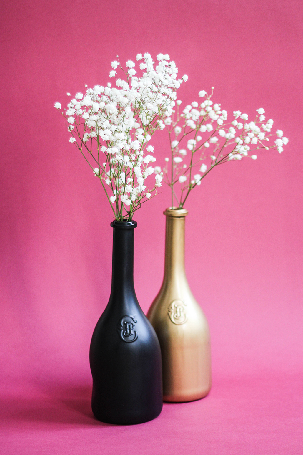 diy transforme ta bouteille de vin en vase bonjour darling. Black Bedroom Furniture Sets. Home Design Ideas