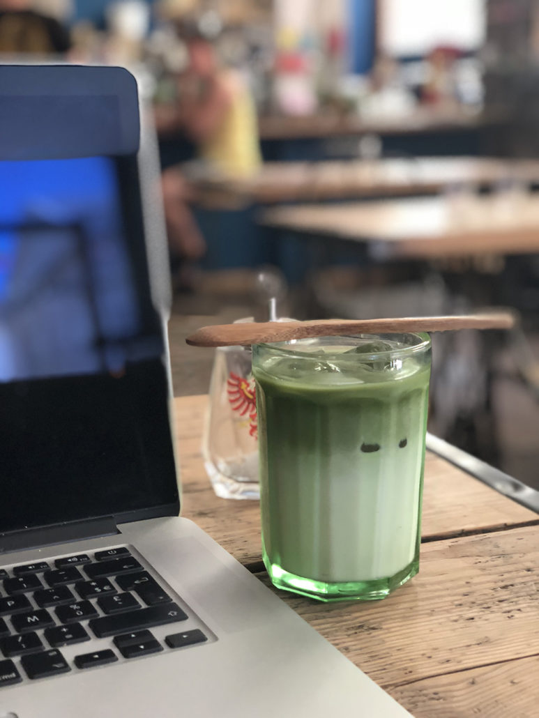 SIP Coffee Bar bordeaux café matcha latte bonne adresse centre-ville hotel de ville tartine lunch work