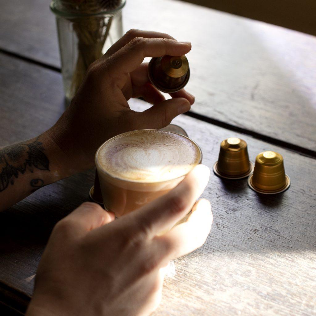 Latte art – Réaliser un coeur dans son café
