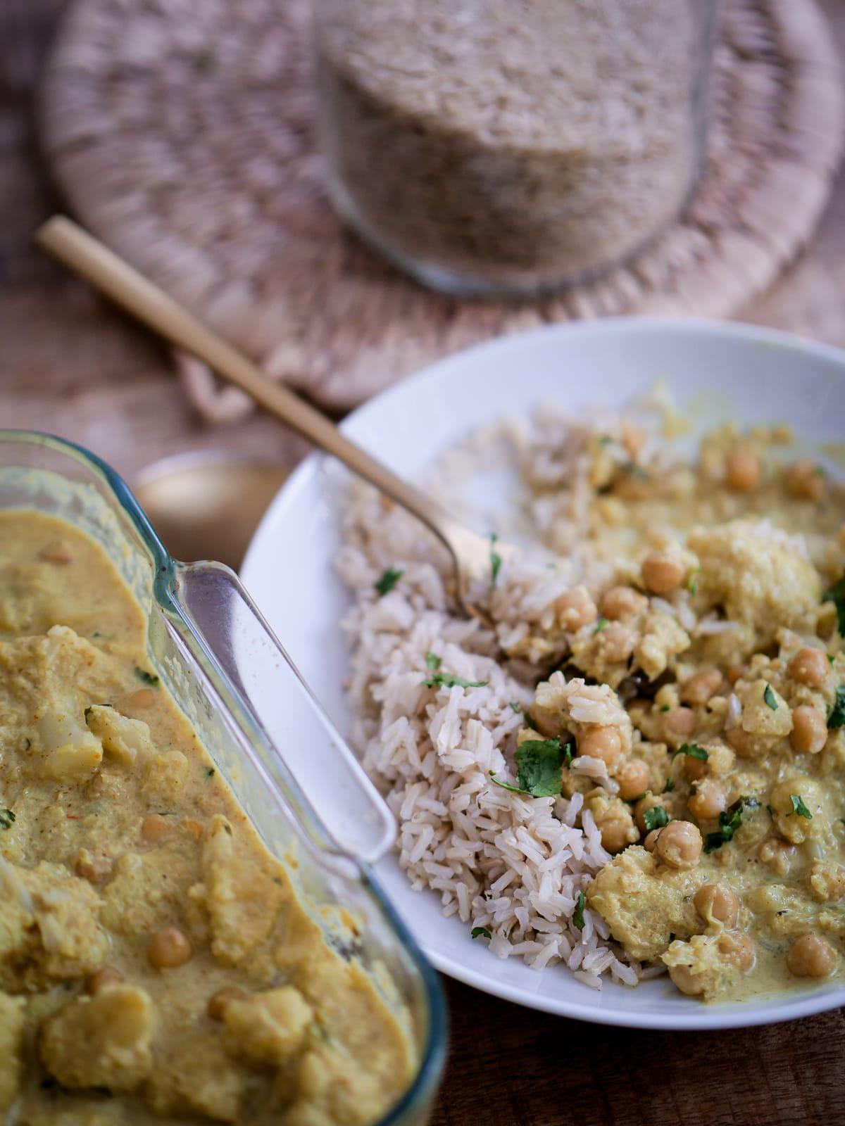 Recette de Curry de choux fleur et pois chiches avec le robot Cookit de Bosch