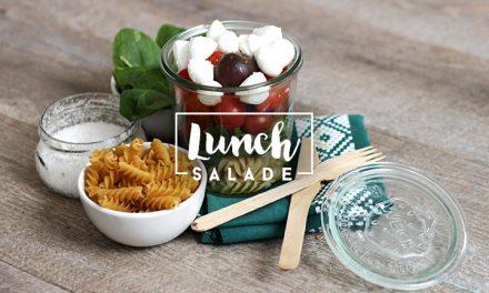 Salade à emporter pour le déjeuner